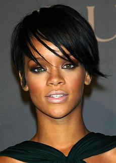 Účesy celebrit - krátké versus dlouhé vlasy? | Be Divinely ...