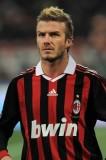 David Beckham - Sportovní sestřih stylizovaný dovrchu na pánském účesu