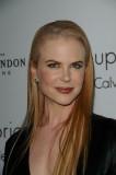 Nicole Kidman - Stroze uhlazený účes z dlouhých vlasů