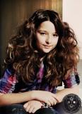 Objemný vlnitý účes z dlouhých vlasů pro děti