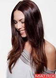 Decentní uhlazenost dlouhých vlasů