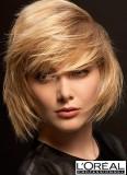Ležérní styling blond mikáda