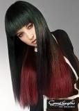 Extra dlouhý účes z rovných vlasů s ofinou, červený melír