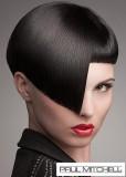 Asymetrický střih černé barvy