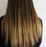Ombre v rovných dlouhých vlasech
