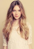 Přirozené ombre v dlouhých vlasech