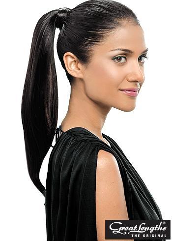 Uhlazený culík z dlouhých černých vlasů